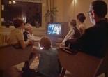 F1069-3 (van neg), Televisie kijken, kleuren-tv, sfeer, 1967, 811.31